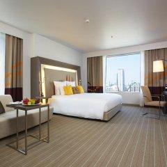 Отель Novotel Bangkok Ploenchit Sukhumvit 4* Улучшенный номер с различными типами кроватей фото 8