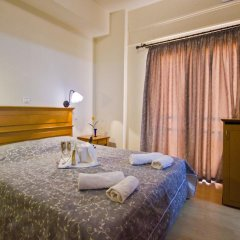 Sylvia Hotel 2* Стандартный номер с двуспальной кроватью фото 4