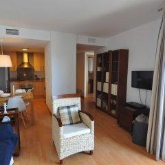 Отель Apartamentos Porto Mar Испания, Курорт Росес - отзывы, цены и фото номеров - забронировать отель Apartamentos Porto Mar онлайн комната для гостей фото 4