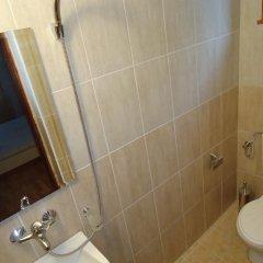 Отель Petrovi Guest House Болгария, Аврен - отзывы, цены и фото номеров - забронировать отель Petrovi Guest House онлайн ванная фото 2