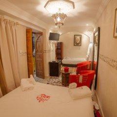 Отель Dar Ikalimo Marrakech 3* Улучшенный номер с различными типами кроватей фото 12