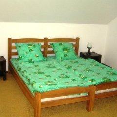 Гостиница Дубки 3* Стандартный номер с двуспальной кроватью