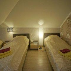Гостиница JOY Стандартный номер с двуспальной кроватью (общая ванная комната) фото 8