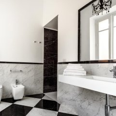 Отель Cagliari Boutique Rooms 4* Стандартный номер с различными типами кроватей фото 9
