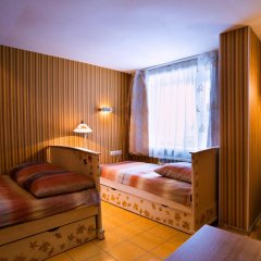 Гостиница 12 Месяцев 3* Стандартный номер 2 отдельные кровати фото 4