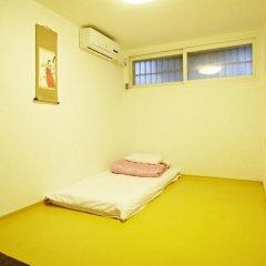 Отель Mumum Hanok Guesthouse 3* Стандартный номер с двуспальной кроватью