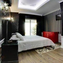 Porto Eda Hotel сейф в номере