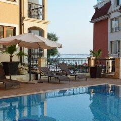 Отель VIP CLUB Dolphin Coast Болгария, Солнечный берег - отзывы, цены и фото номеров - забронировать отель VIP CLUB Dolphin Coast онлайн бассейн фото 2