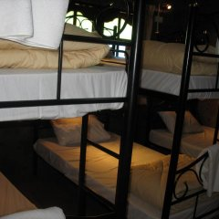 Отель Gotum Hostel & Restaurant Таиланд, Пхукет - отзывы, цены и фото номеров - забронировать отель Gotum Hostel & Restaurant онлайн комната для гостей фото 4