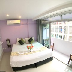 Отель The Room Patong 2* Номер Делюкс с различными типами кроватей фото 9