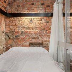 Отель Old Town Lodge Кровать в общем номере с двухъярусной кроватью фото 5