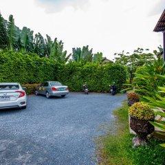 Отель Himaphan Boutique Resort парковка