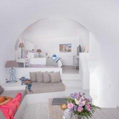 Отель Aqua Luxury Suites Люкс с различными типами кроватей фото 17