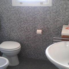 Отель Rinalda Holiday Home Лечче ванная