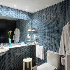Отель TRYP Valencia Feria ванная фото 2