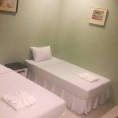 Отель Surachet at 257 Boutique House 2* Стандартный номер с 2 отдельными кроватями фото 10