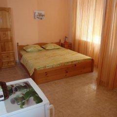 Отель Guest House Cherno More Поморие комната для гостей