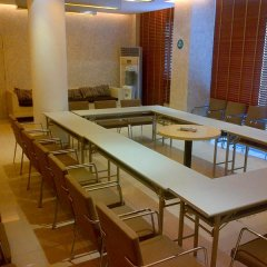 Отель Jinjiang Inn Guangzhou Liwan Chenjia Temple Китай, Гуанчжоу - отзывы, цены и фото номеров - забронировать отель Jinjiang Inn Guangzhou Liwan Chenjia Temple онлайн помещение для мероприятий фото 2