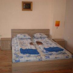 Отель Guest House Grozdan Стандартный номер фото 9
