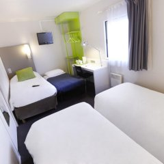 Отель Campanile Paris Est - Porte de Bagnolet 3* Стандартный номер с различными типами кроватей фото 5