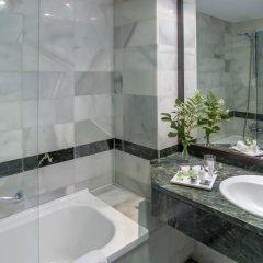 NH Collection Amistad Córdoba Hotel 4* Улучшенный номер с различными типами кроватей фото 8