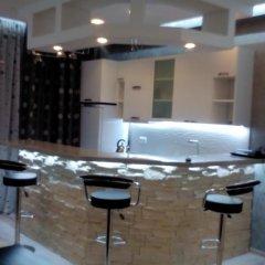 Отель La'Tuka Apartments Грузия, Тбилиси - отзывы, цены и фото номеров - забронировать отель La'Tuka Apartments онлайн гостиничный бар