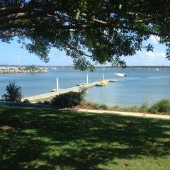 Отель Clarence Head Caravan Park Австралия, Илука - отзывы, цены и фото номеров - забронировать отель Clarence Head Caravan Park онлайн приотельная территория фото 2