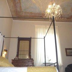 Отель Madama Cristina Bed & Breakfast Стандартный номер с различными типами кроватей фото 5
