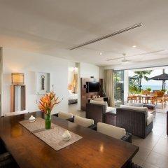 Отель Hilton Fiji Beach Resort and Spa интерьер отеля фото 3