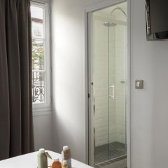 Отель Monsieur Helder 3* Стандартный номер с различными типами кроватей фото 7