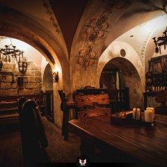 Гостиница Reikartz Medievale Львов гостиничный бар