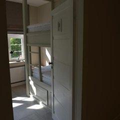 Five Point Hostel Кровать в общем номере с двухъярусными кроватями фото 4