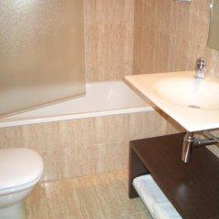 Hotel Pique Капканес ванная