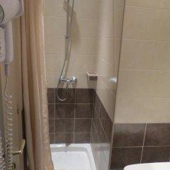 Отель Hôtel Acanthe 2* Стандартный номер с различными типами кроватей фото 5