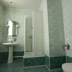 Гостиница KIM Беларусь, Могилёв - отзывы, цены и фото номеров - забронировать гостиницу KIM онлайн ванная