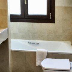 Отель Apartamentos Rurales L'Arquera ванная