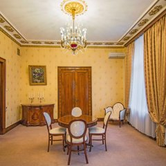 Легендарный Отель Советский 4* Апартаменты разные типы кроватей фото 5