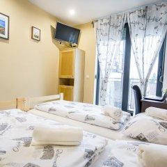 Hostel Moving Номер Делюкс с различными типами кроватей фото 4