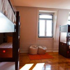 Lisb'on Hostel Кровать в женском общем номере с двухъярусной кроватью фото 3