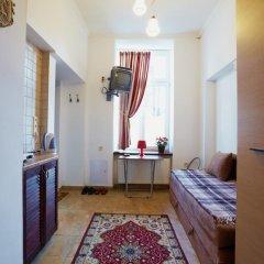 Апартаменты To Lviv Econom Studio комната для гостей фото 2