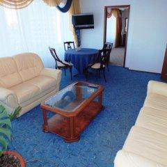 Гостиница Россия комната для гостей фото 8