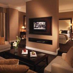 Отель Roda Al Bustan Люкс с различными типами кроватей