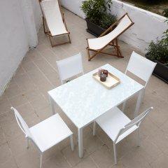 Апартаменты Aránzazu Apartment by FeelFree Rentals бассейн