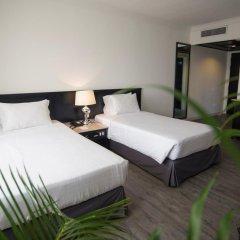 Bayview Hotel Melaka 3* Семейный люкс с двуспальной кроватью
