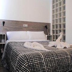 Отель Hostal Abril Стандартный номер с двуспальной кроватью фото 8