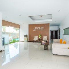 Апартаменты Karon Chic Studio интерьер отеля