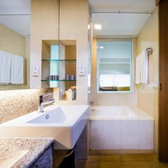Village Hotel Changi 4* Стандартный номер с различными типами кроватей фото 7