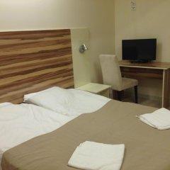 Arkadia Hotel & Hostel Стандартный семейный номер с двуспальной кроватью