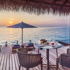 Отель One&Only Reethi Rah 5* Вилла с различными типами кроватей фото 22