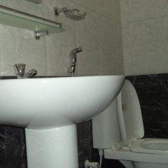 Отель Aegle Residence ванная